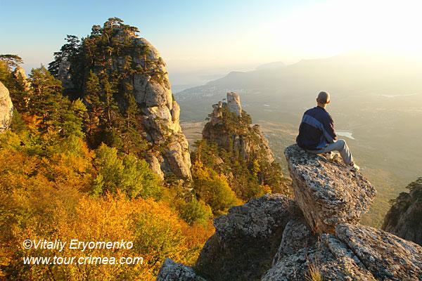 Конец октября на горе Демерджи –  праздник красок заката и рассвета – фоторепортаж.