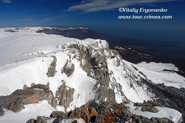 Фоторепортаж «15 марта на горе Чатырдаг – прощание с крымской зимой».