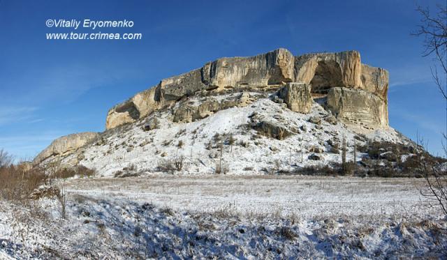 Зимняя прогулка на пещерные города Бахчисарая перед Рождеством  -фоторепортаж.